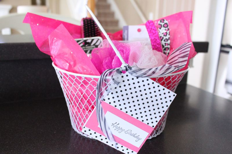 Makeup Gift Baskets Ideas Vidalondon