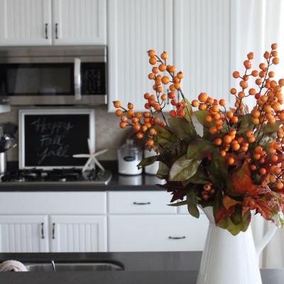 Starfish Cottage Fall Table and Kitchen