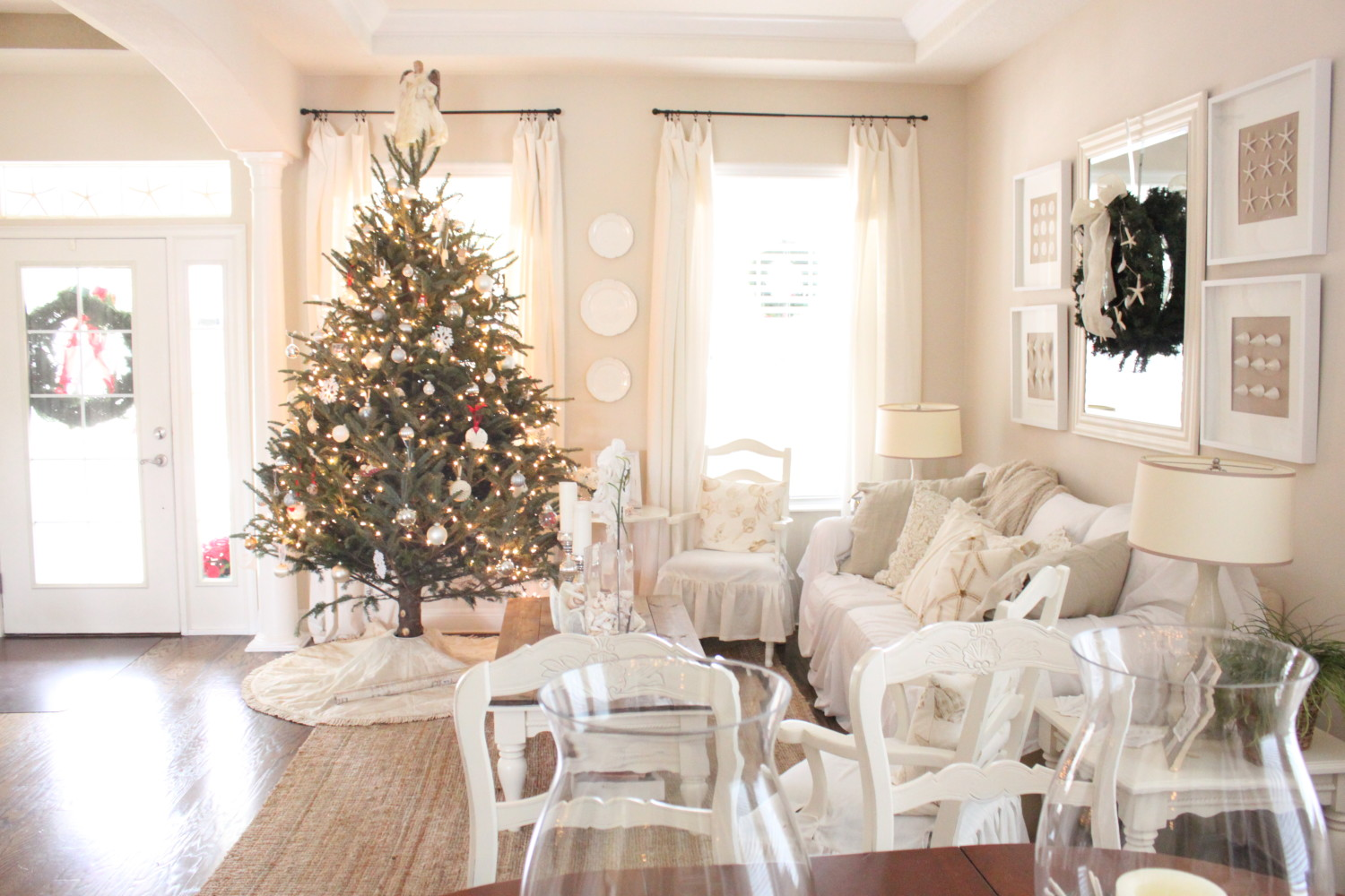 Christmas at Starfish Cottage 2015- The Living/Dining Room ...