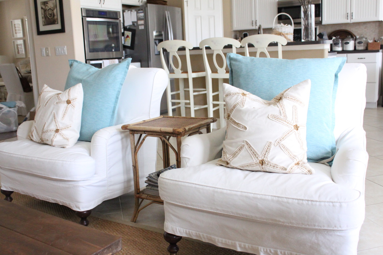 ... And Club Chairs  This Instantly Brightened The Room! They Look  Especially Fabulous When Accented With My Khaki And White Embroidered  Starfish Pillows.