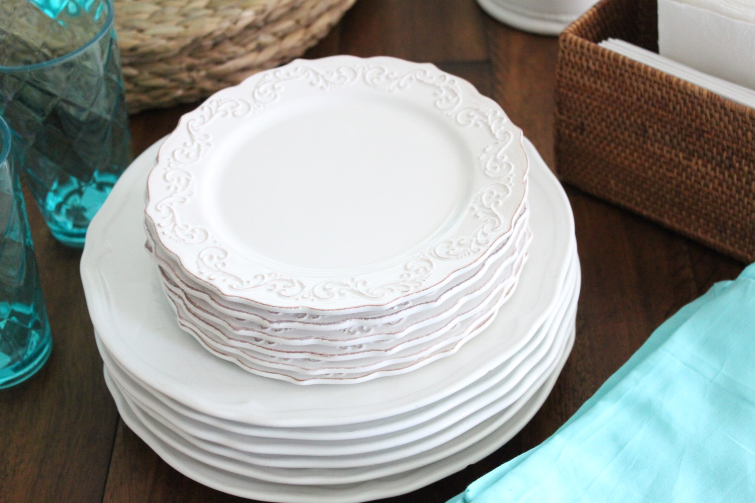 Spring 2016 at starfish cottage an unset table for Plain white plates ikea