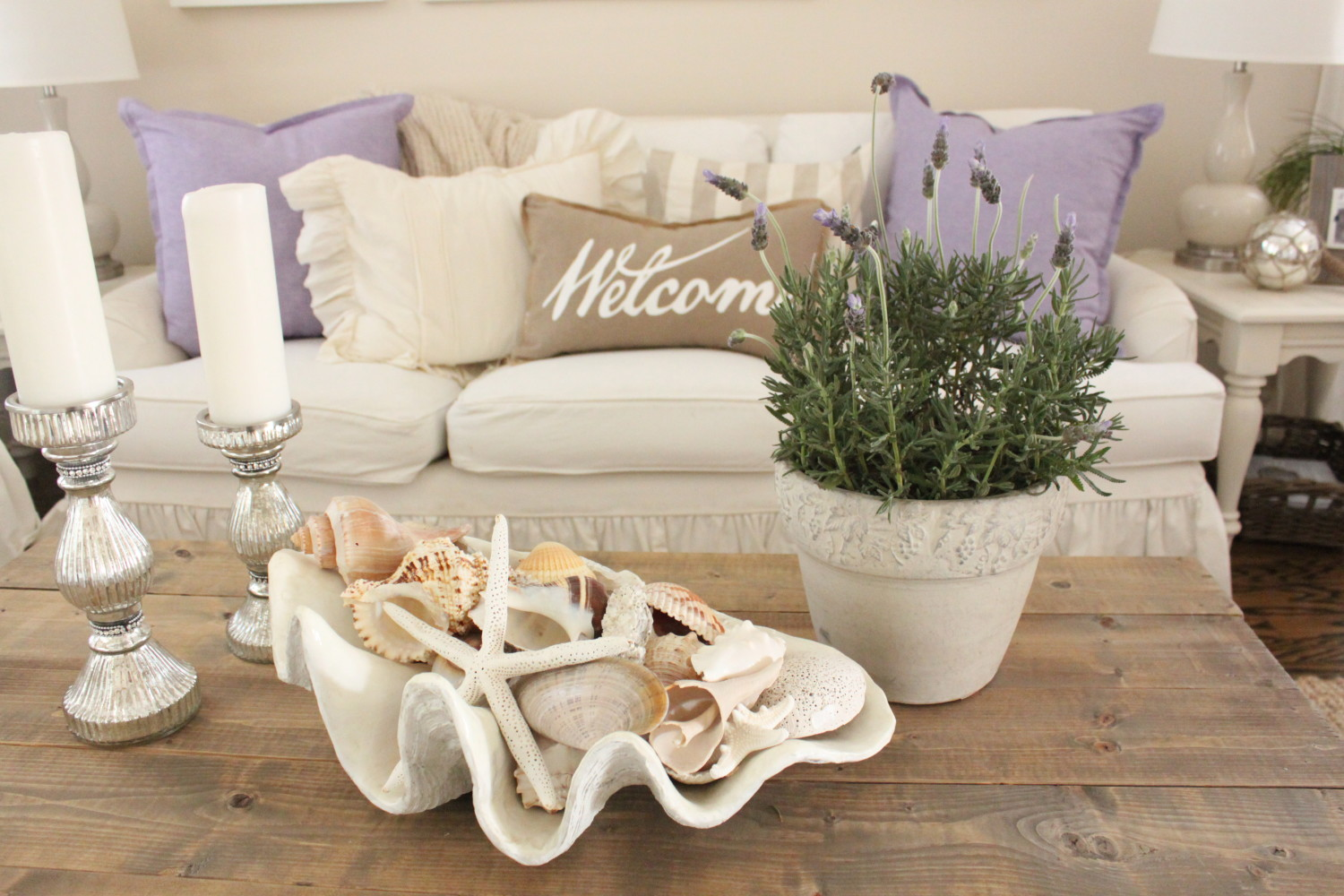 Lavender in the Living Room - Starfish Cottage