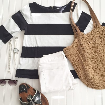 Starfish Style: Beachy Black and White