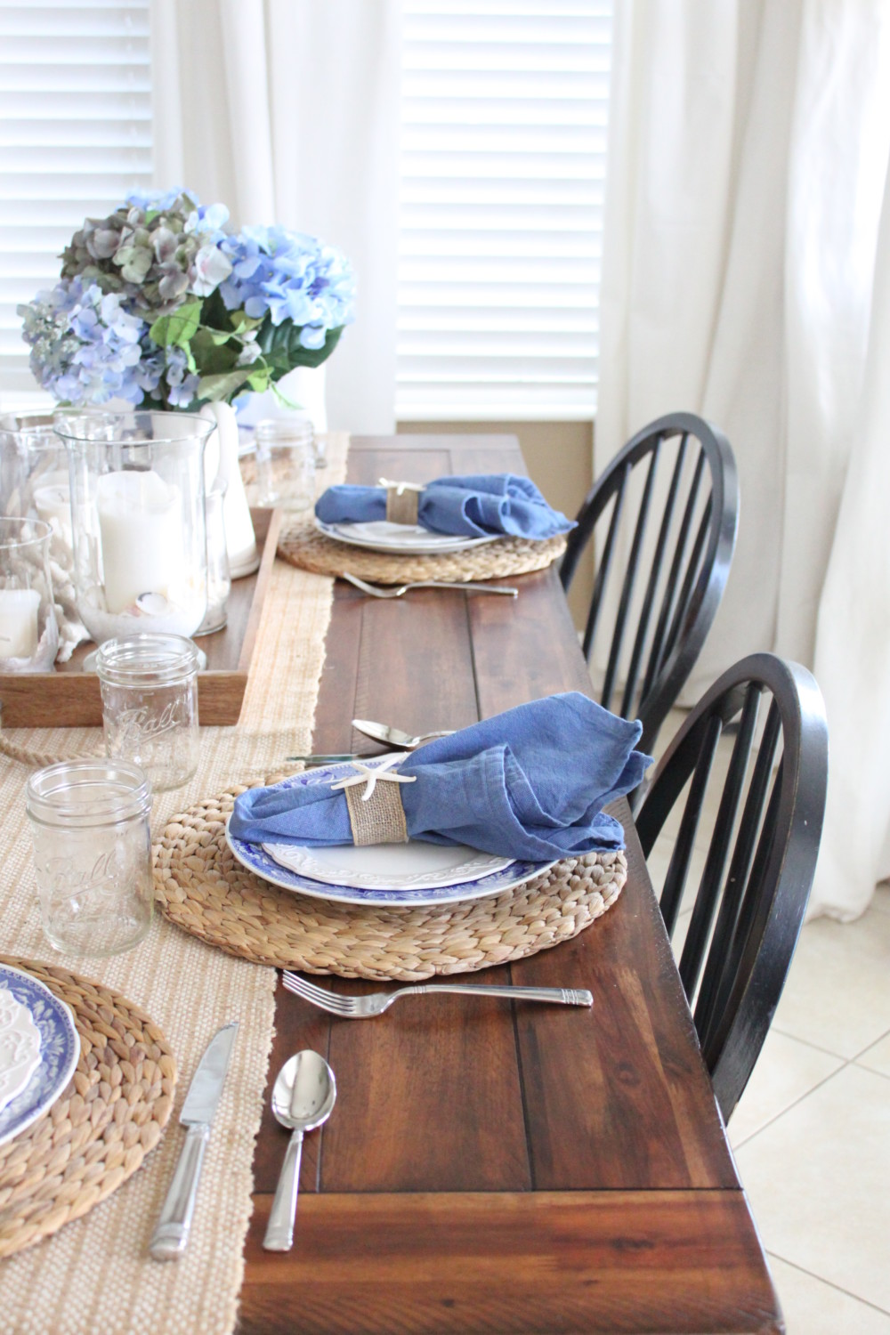 Blue and white kitchen table starfish cottage for Kitchen tea table setting ideas
