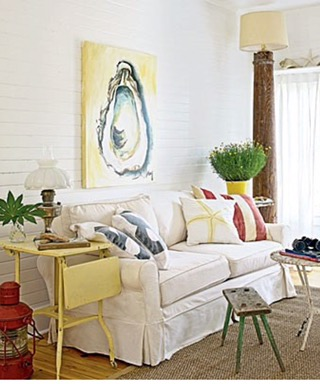 Totally Coastal Tuesday- A Yellow Beach Cottage Room