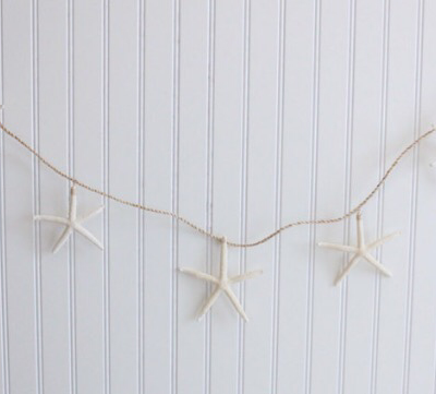 Totally Coastal Christmas Tuesday: Starfish Garlands
