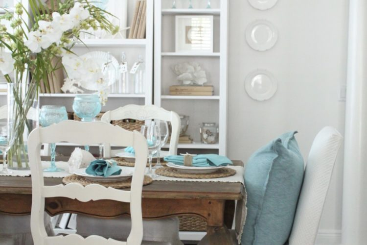 An Early Spring Coastal Style Dining Table